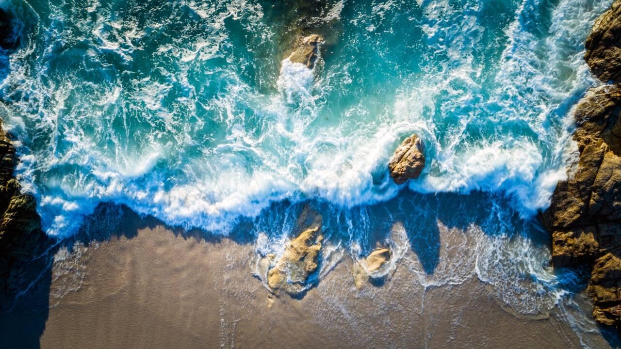 Méditerranée: selon un rapport, les dégâts sur l'environnement menacent les populations