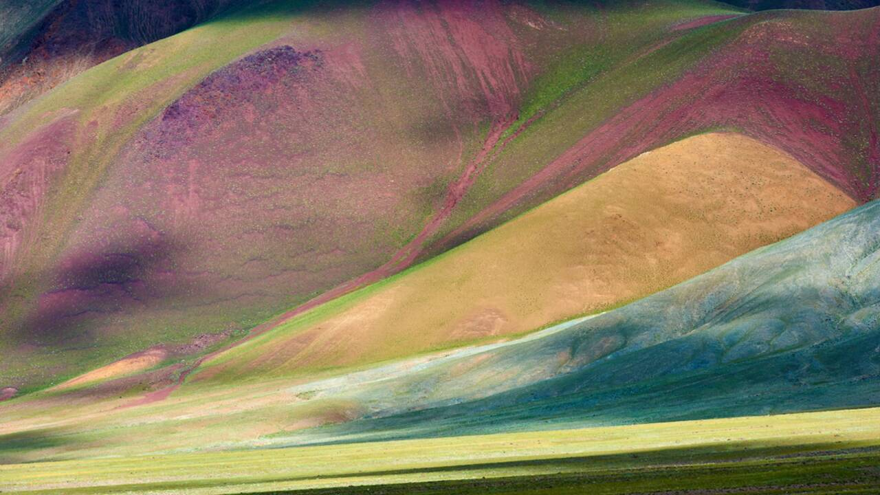 Instantané de photographe : Montagnes colorées du massif de l'Altaï par Tuul et Bruno Morandi