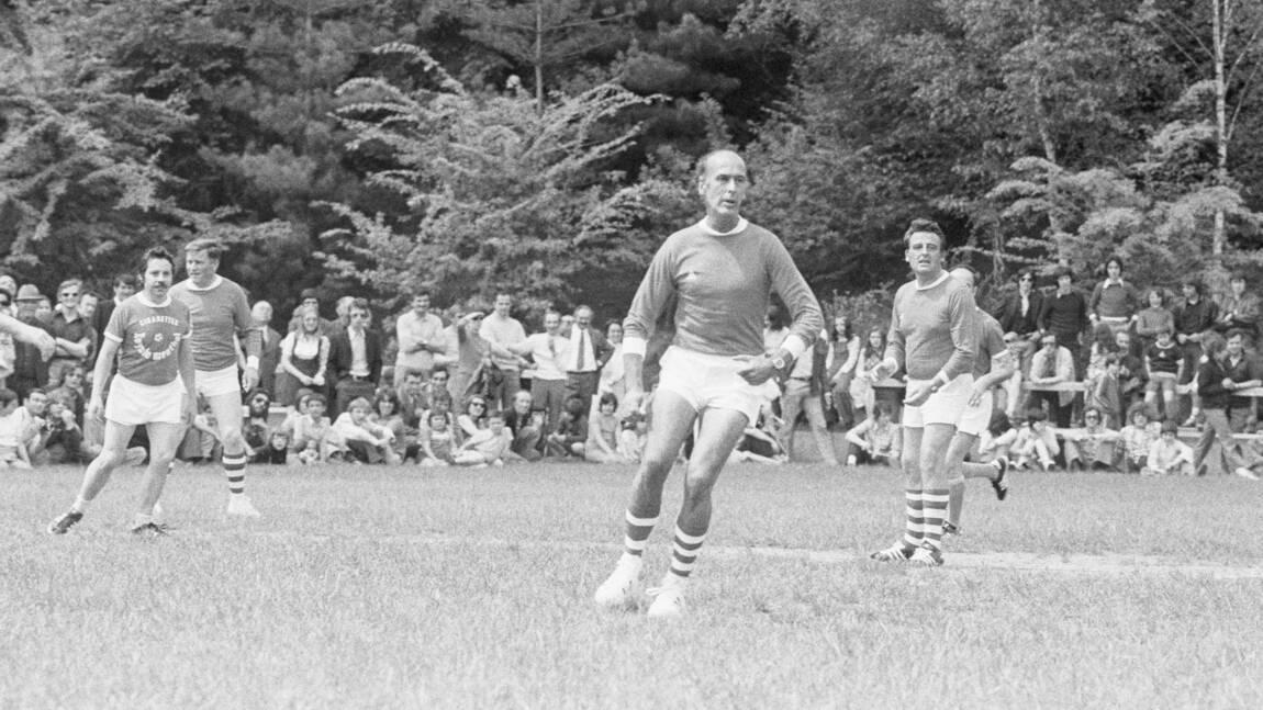 Football, accordéon... Giscard d'Estaing ou l'histoire de la modernisation de la vie politique
