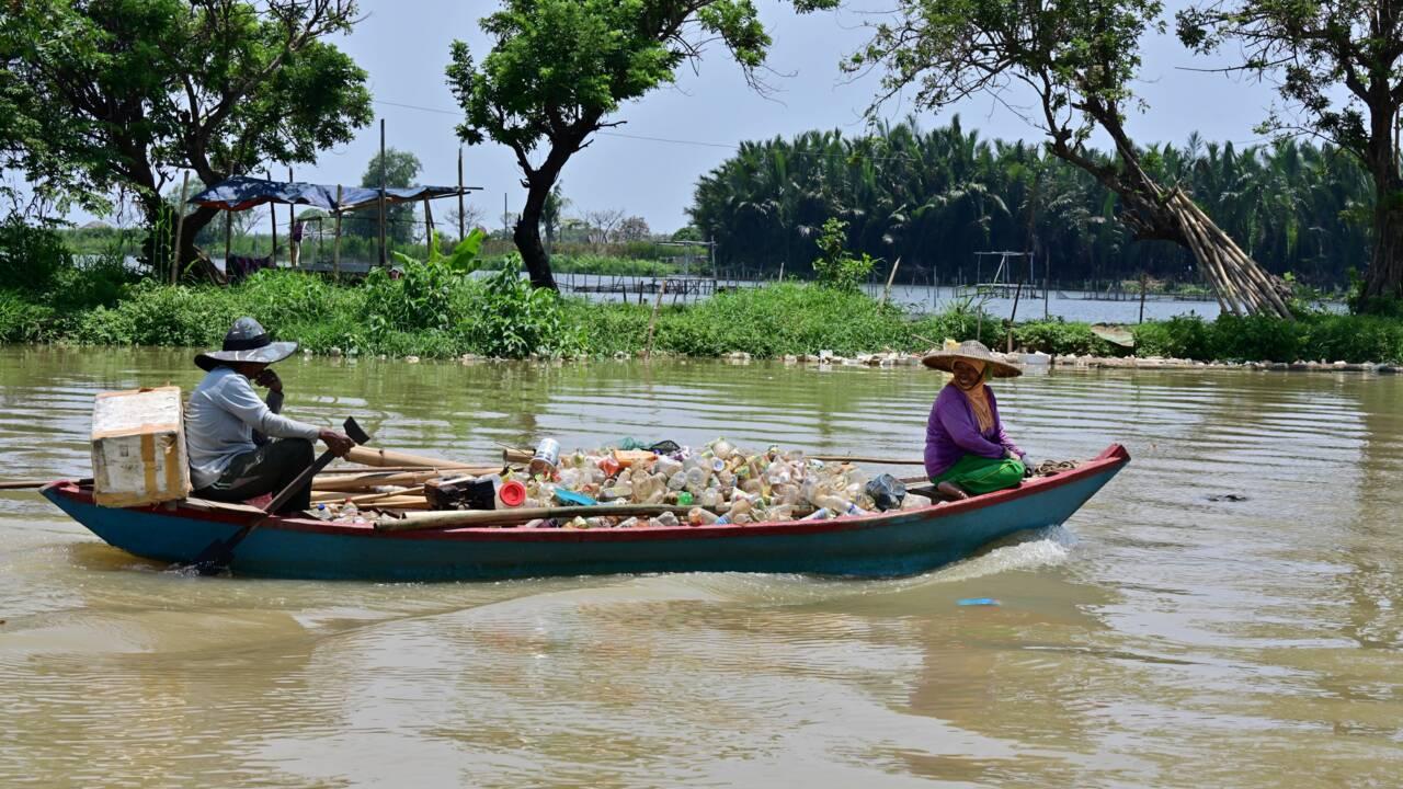 Indonésie : des déchets plastiques suivis par satellite pour des océans plus propres