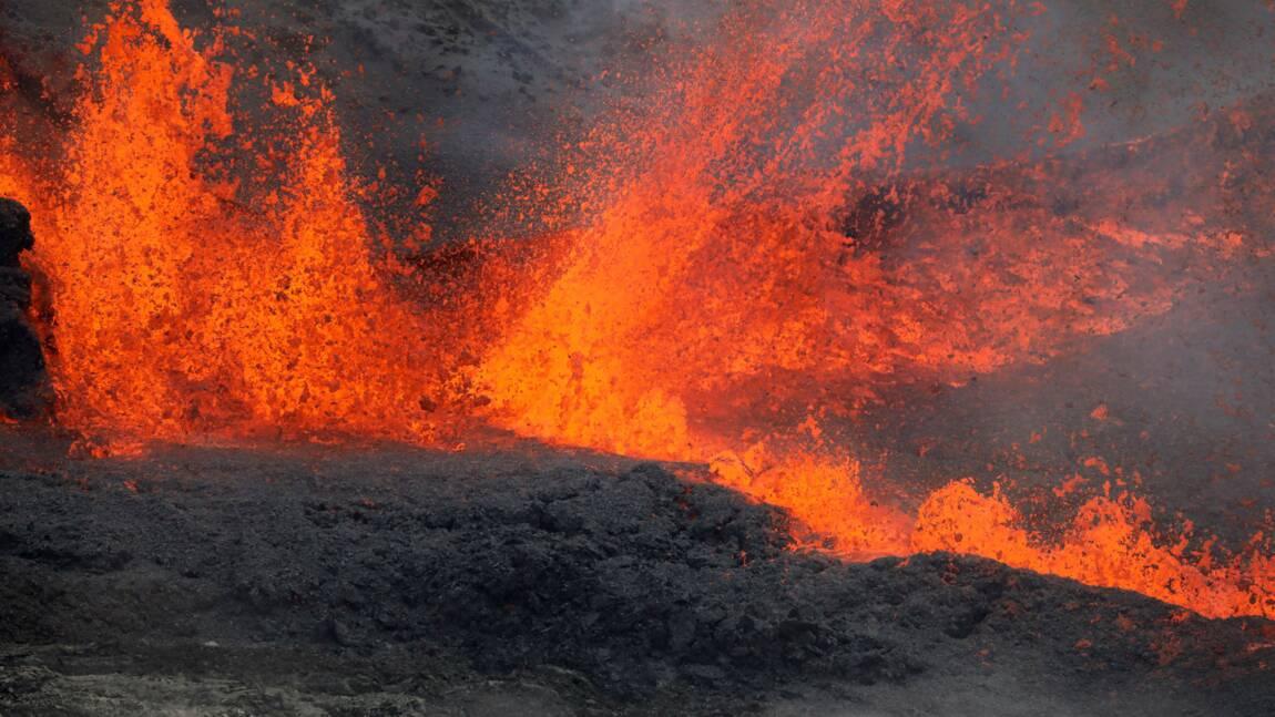 La Réunion : troisième éruption de l'année pour le piton de la Fournaise