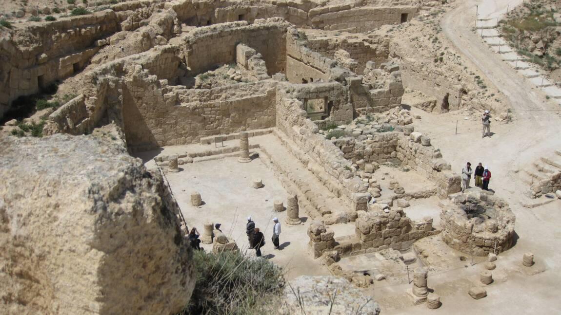 """Cisjordanie : de nouveaux vestiges du palais du roi """"Hérode le Cruel""""  dévoilés"""