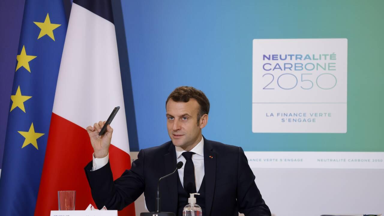 """Accord climat: """"welcome back"""" de Macron aux Américains"""