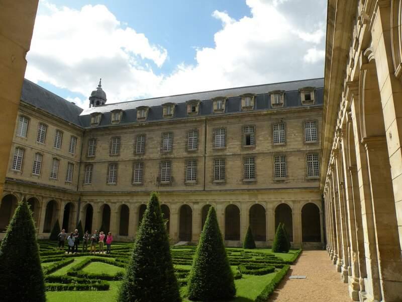 L'Abbaye aux Hommes