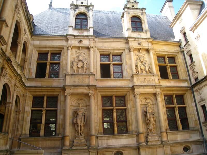 L'Hôtel d'Escoville