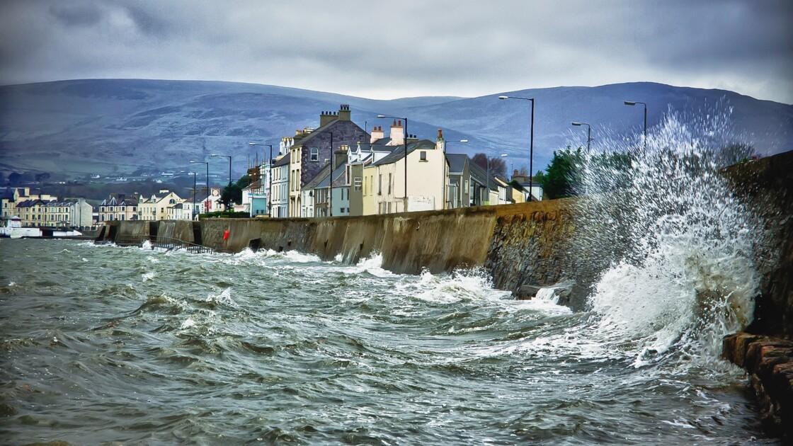 Brexit : retour sur quatre ans d'incertitude à la frontière nord-irlandaise dans la ville portuaire de Warrenpoint