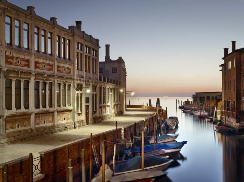 A Venise, la beauté nue