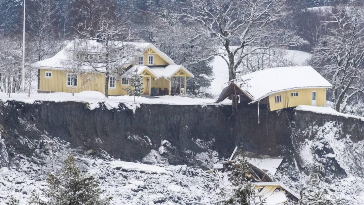 Un cinquième corps retrouvé après l'impressionnant glissement de terrain en Norvège