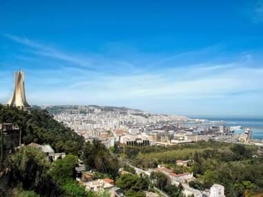 Alger : la ville bleue et blanche