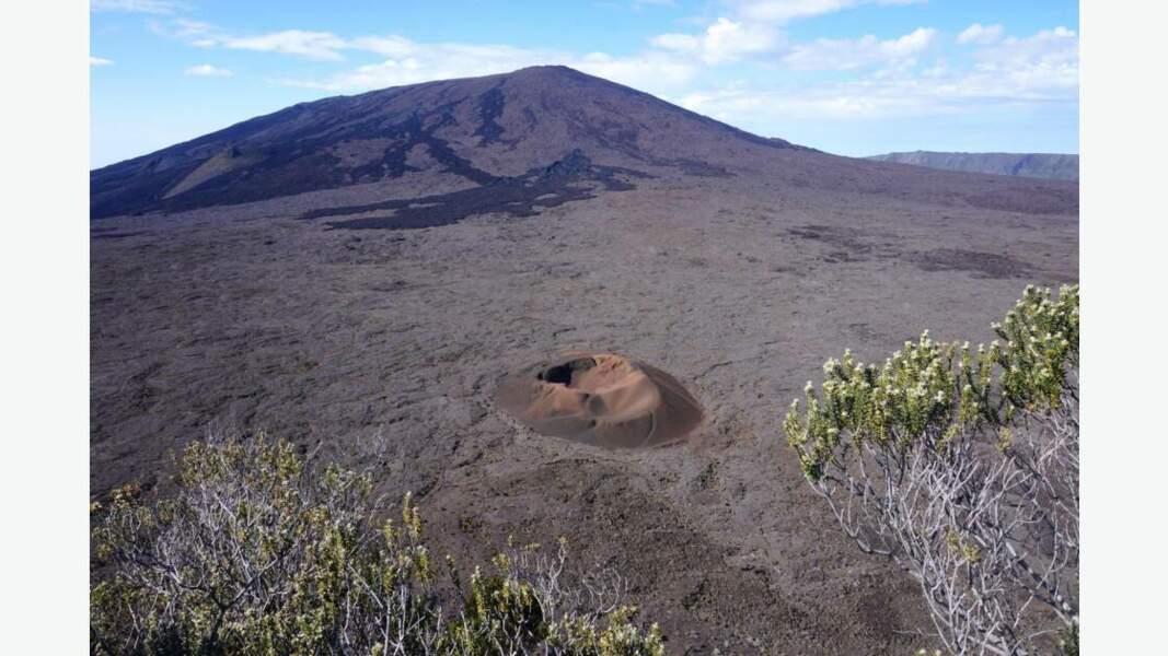 Le célèbre volcan Piton de la Fournaise