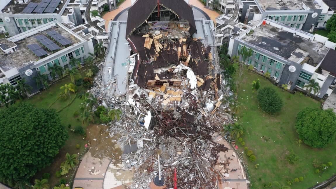 Indonésie: 56 morts dans le séisme de Célèbes