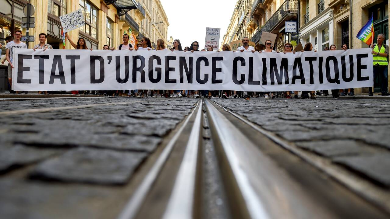 """Le changement climatique est une """"urgence mondiale"""", selon un sondage de l'ONU dans 50 pays"""