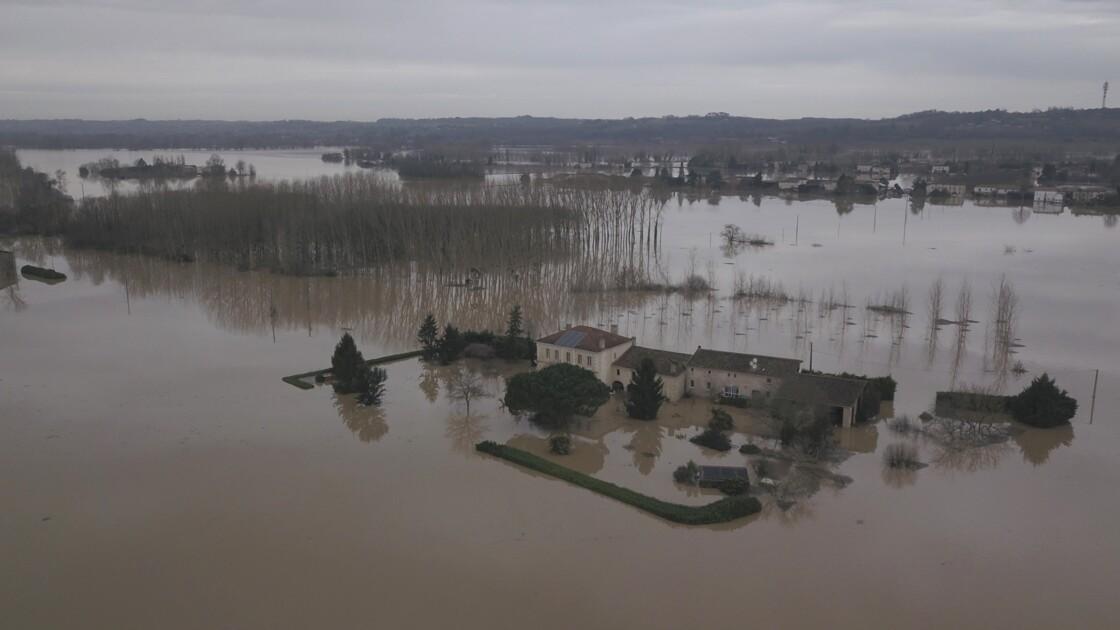 Inondations en Nouvelle-Aquitaine: décrue quasi générale sauf en Charente-Maritime