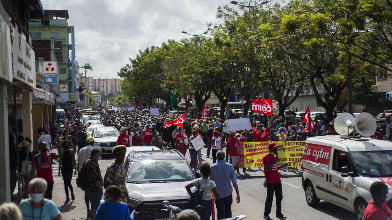"""Chlordécone: la Martinique se mobilise contre """"l'impunité"""""""
