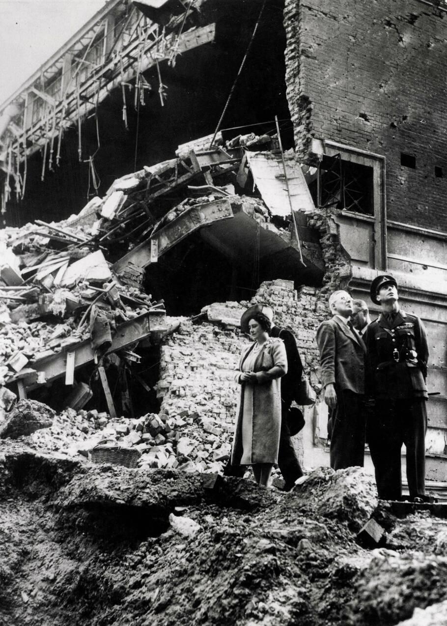 Unis sous le Blitz : comment la Seconde Guerre mondiale a soudé la nation britannique autour de la famille royale