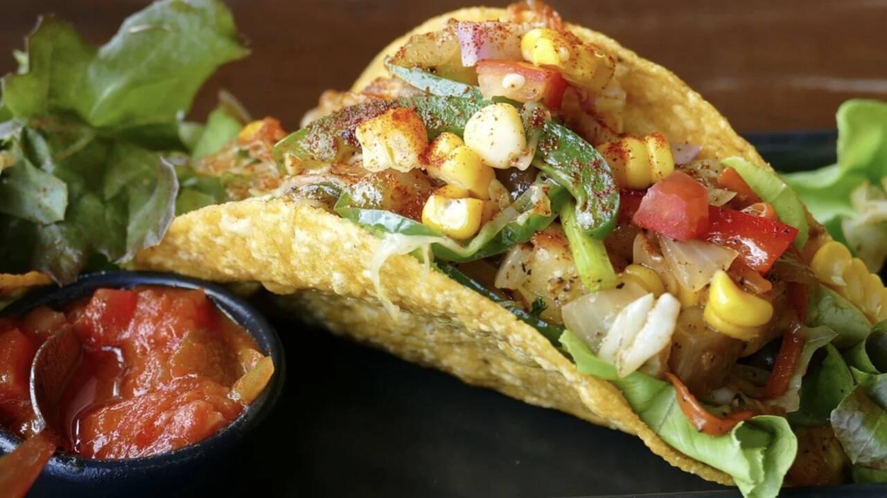 Tout savoir sur les tacos, mythiques en-cas des Mexicains