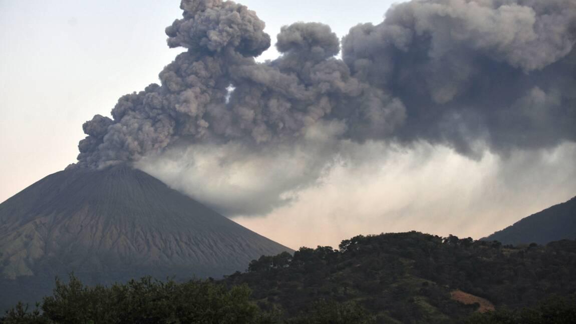Nicaragua : violente éruption du volcan San Cristobal