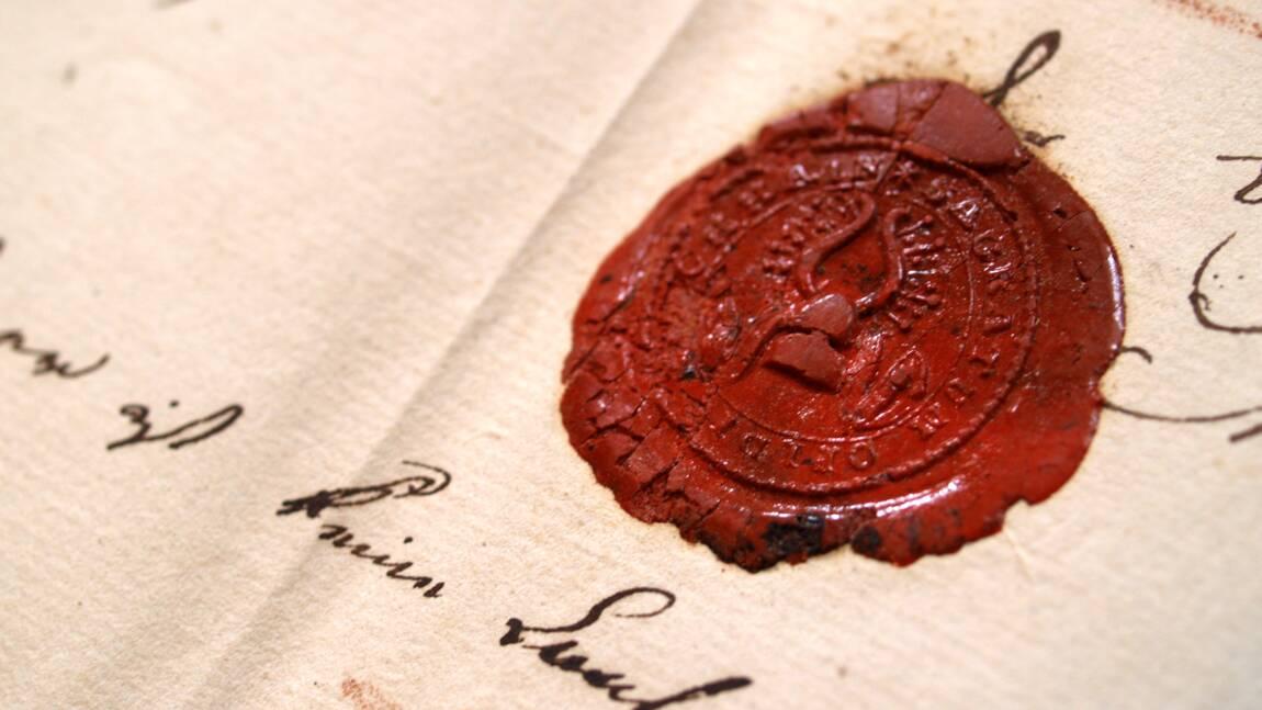 Des lettres du père d'Hitler retrouvées dans un grenier autrichien