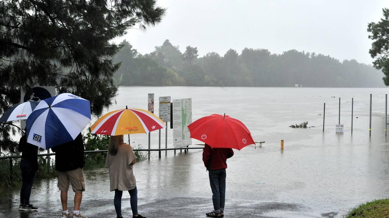 Australie : évacuations sur la côte Est après des crues et des pluies record
