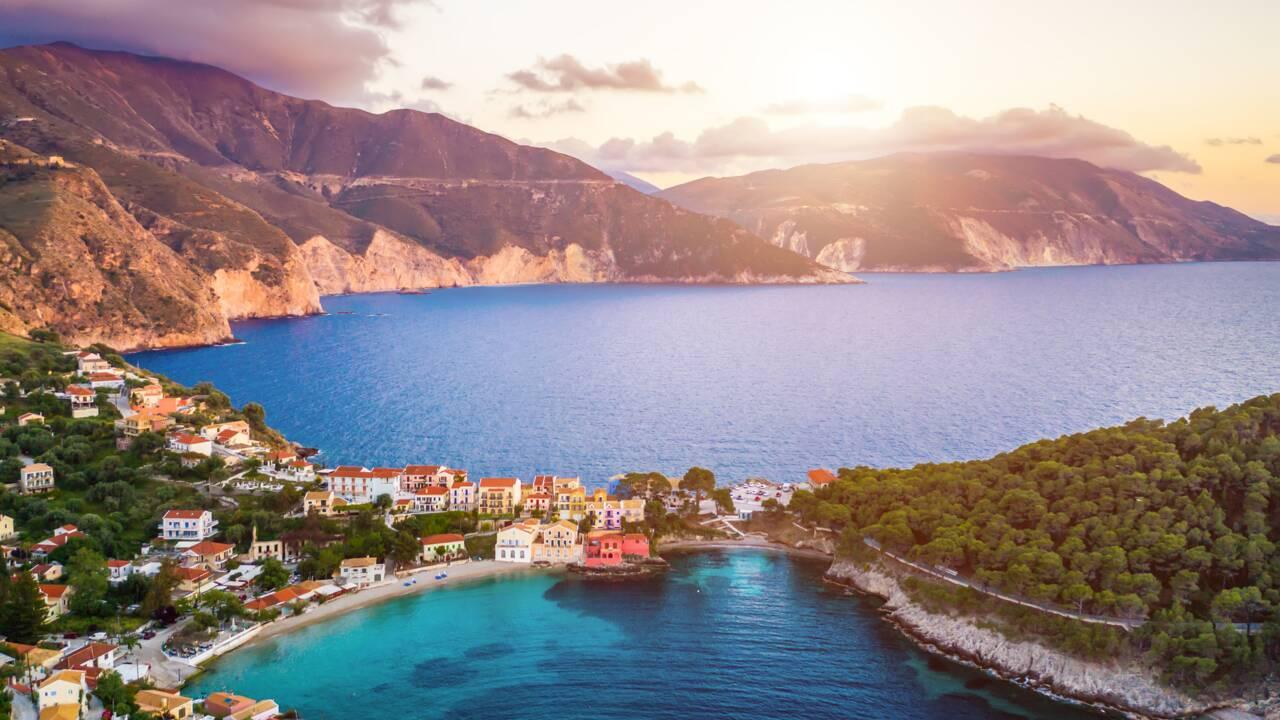 Céphalonie : quels sont les endroits à visiter sur l'île grecque ?