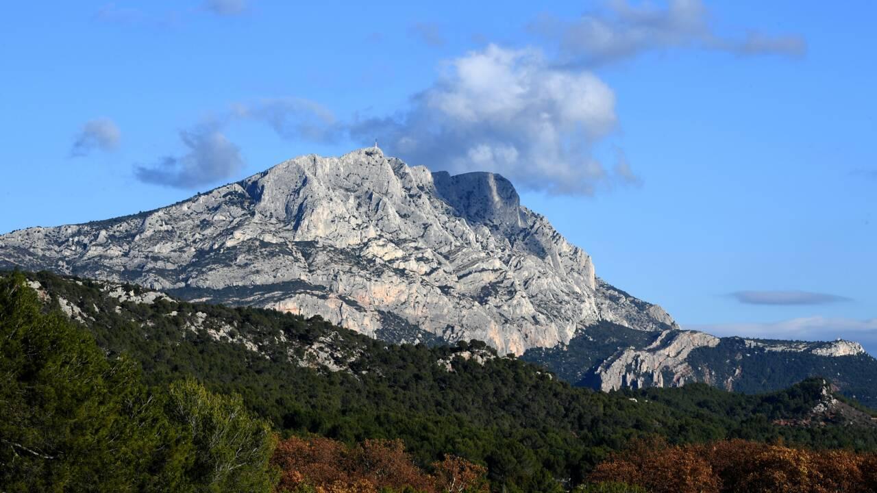Près de la montagne Sainte-Victoire, un parc éolien face à des vents contraires