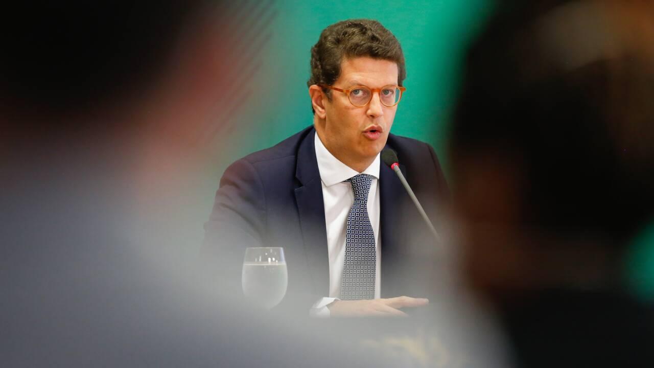 Brésil : le ministre de l'Environnement soupçonné de favoriser le trafic de bois