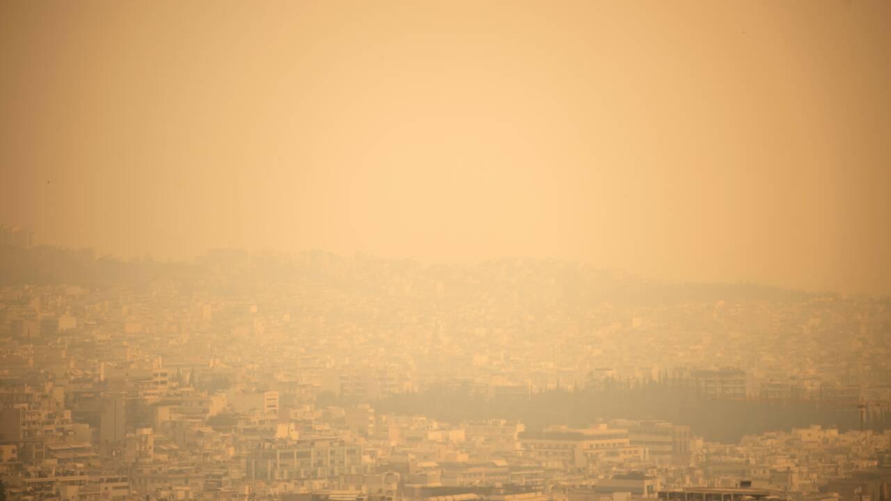 Grèce: des progrès dans la lutte contre l'incendie de Geraneia