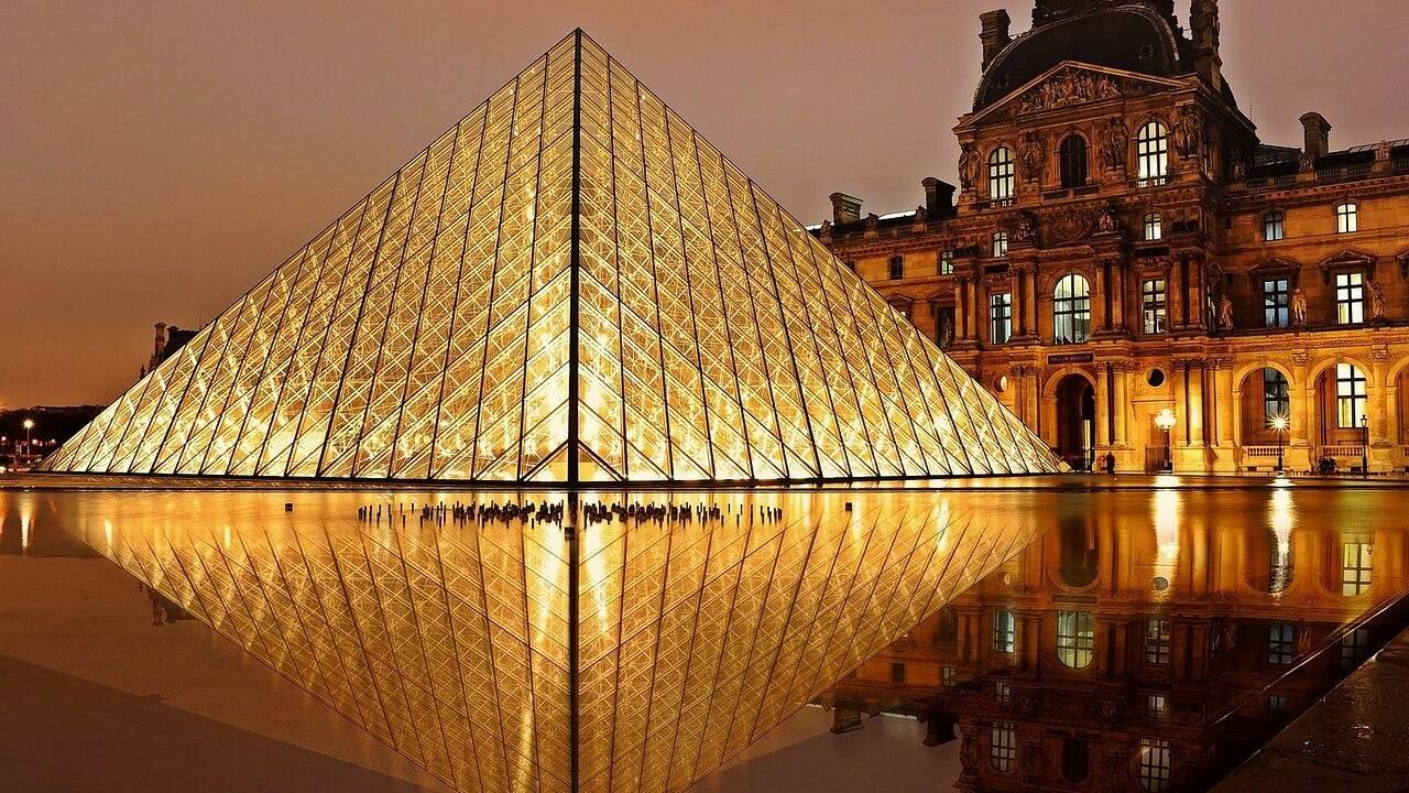 Trafic d'antiquités : le Louvre sonne l'alarme avec une exposition inédite