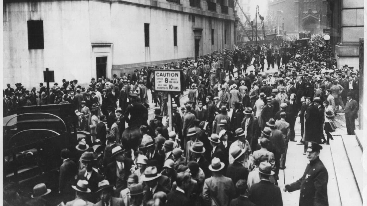 Krach 1929 : comment est-on passé d'une crise américaine à une crise mondiale ?