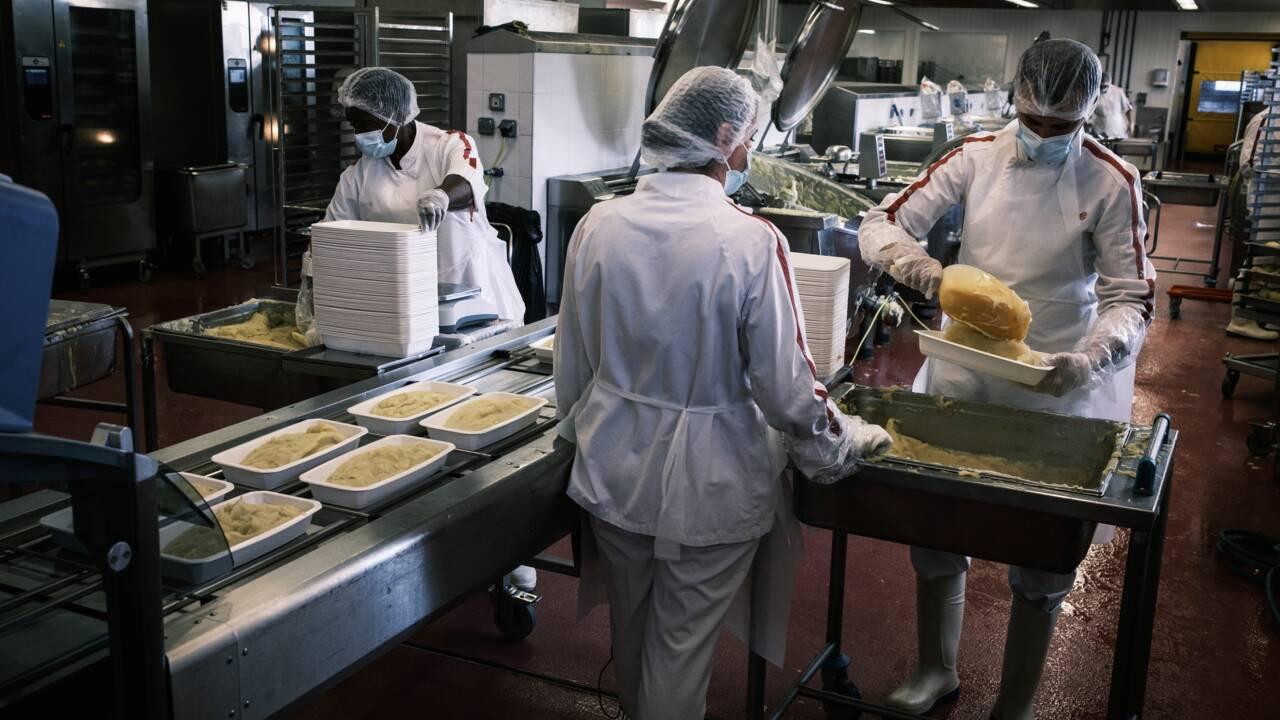 """A Lyon, les cantines, laboratoire du """"mieux manger"""""""