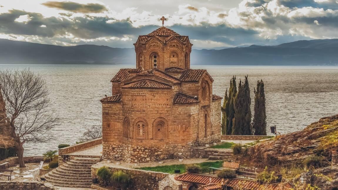 Patrimoine mondial de l'Unesco : comment sauver le plus ancien lac d'Europe ?