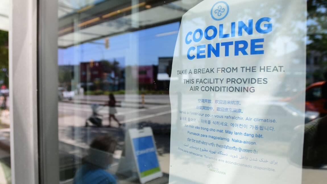 Etouffant sous la chaleur, les habitants de Vancouver se ruent vers des centres climatisés