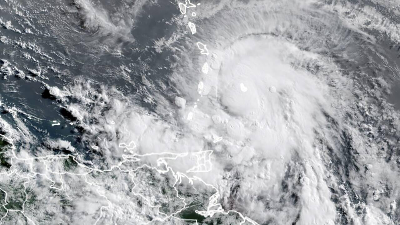La tempête Elsa s'abat sur Cuba avant de se diriger vers la Floride