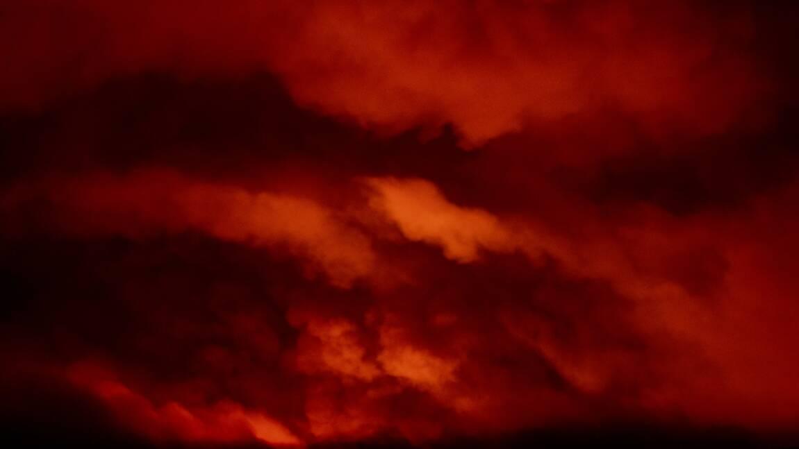 Les pompiers sous tension dans l'Ouest canadien et américain