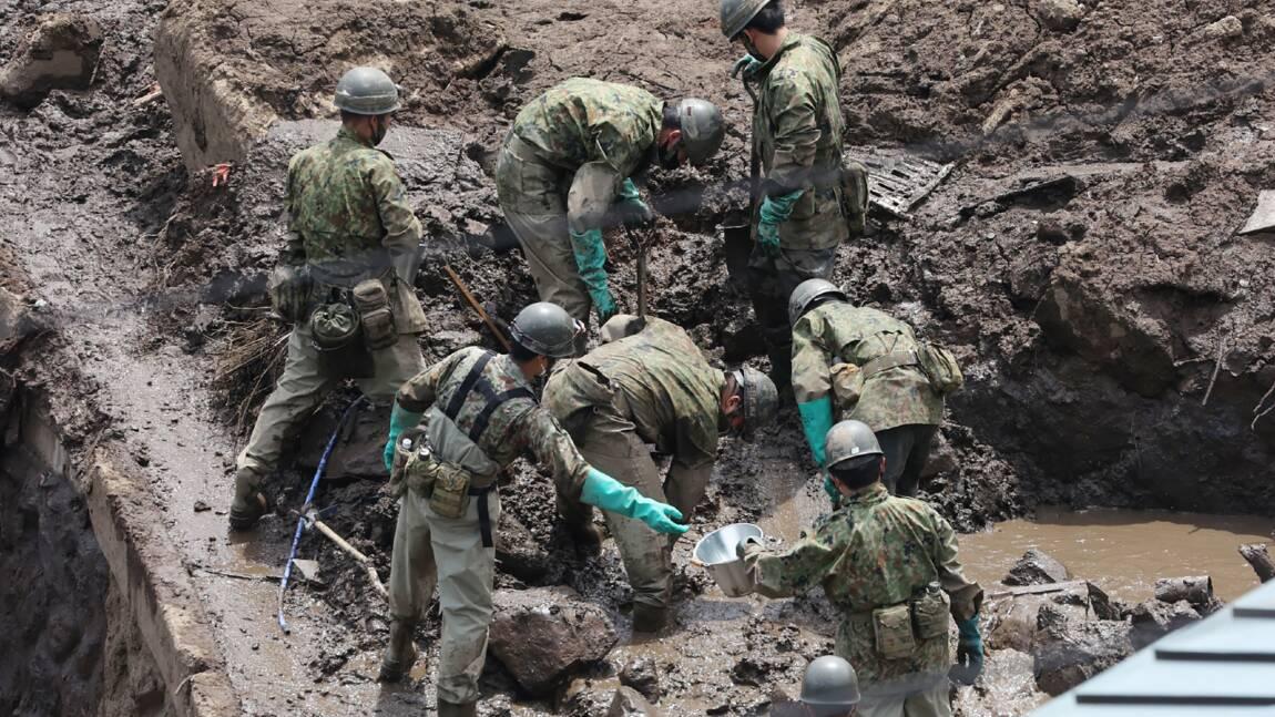 Coulée de boue au Japon: le bilan s'établit à 15 morts, 14 disparus