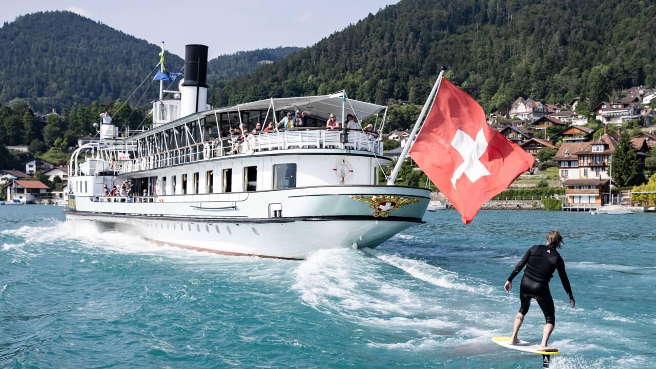 Oui, la Suisse est la patrie du surf, la preuve dans cette web-série poilante