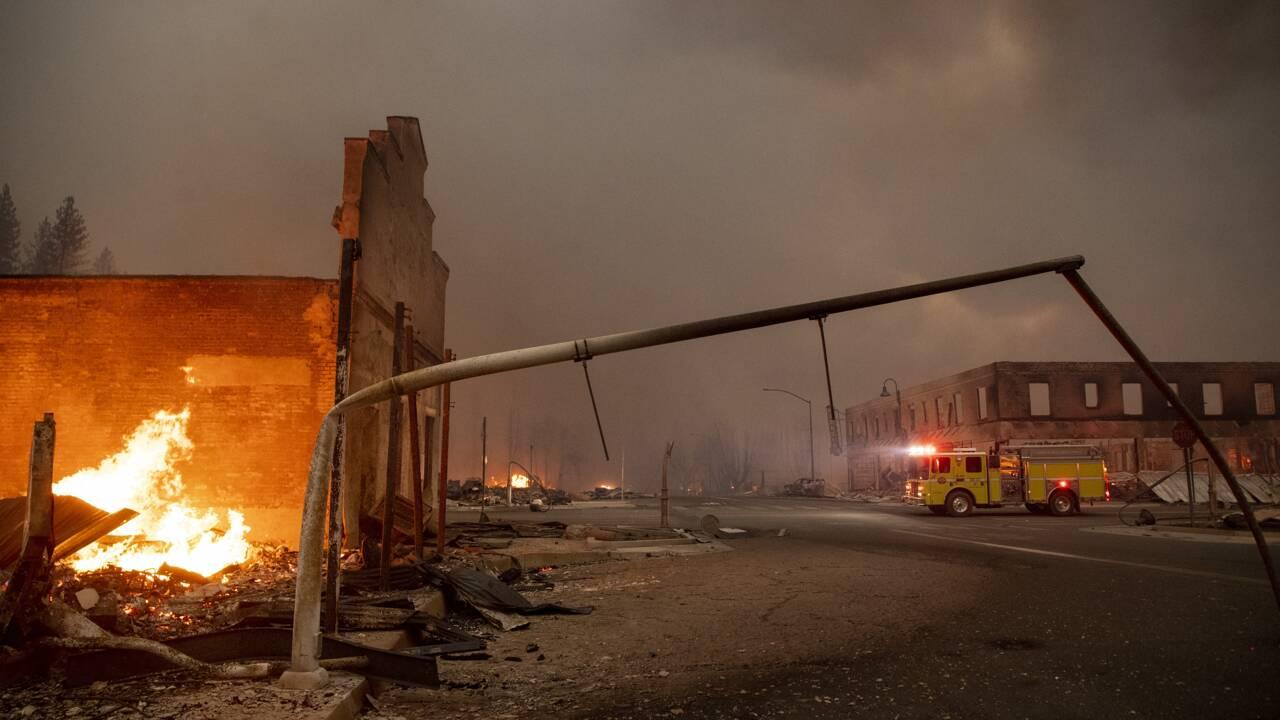 Nouveaux ordres d'évacuation face au gigantesque incendie Dixie Fire en Californie