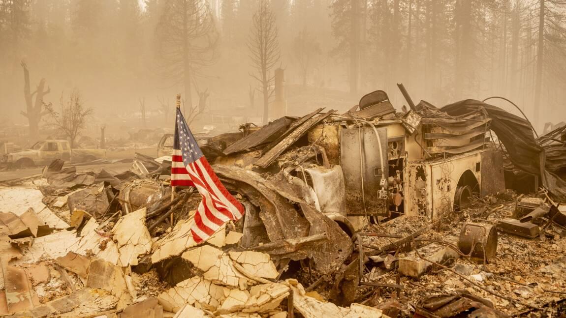 En Californie, le Dixie Fire poursuit sa course, cinq personnes portées disparues