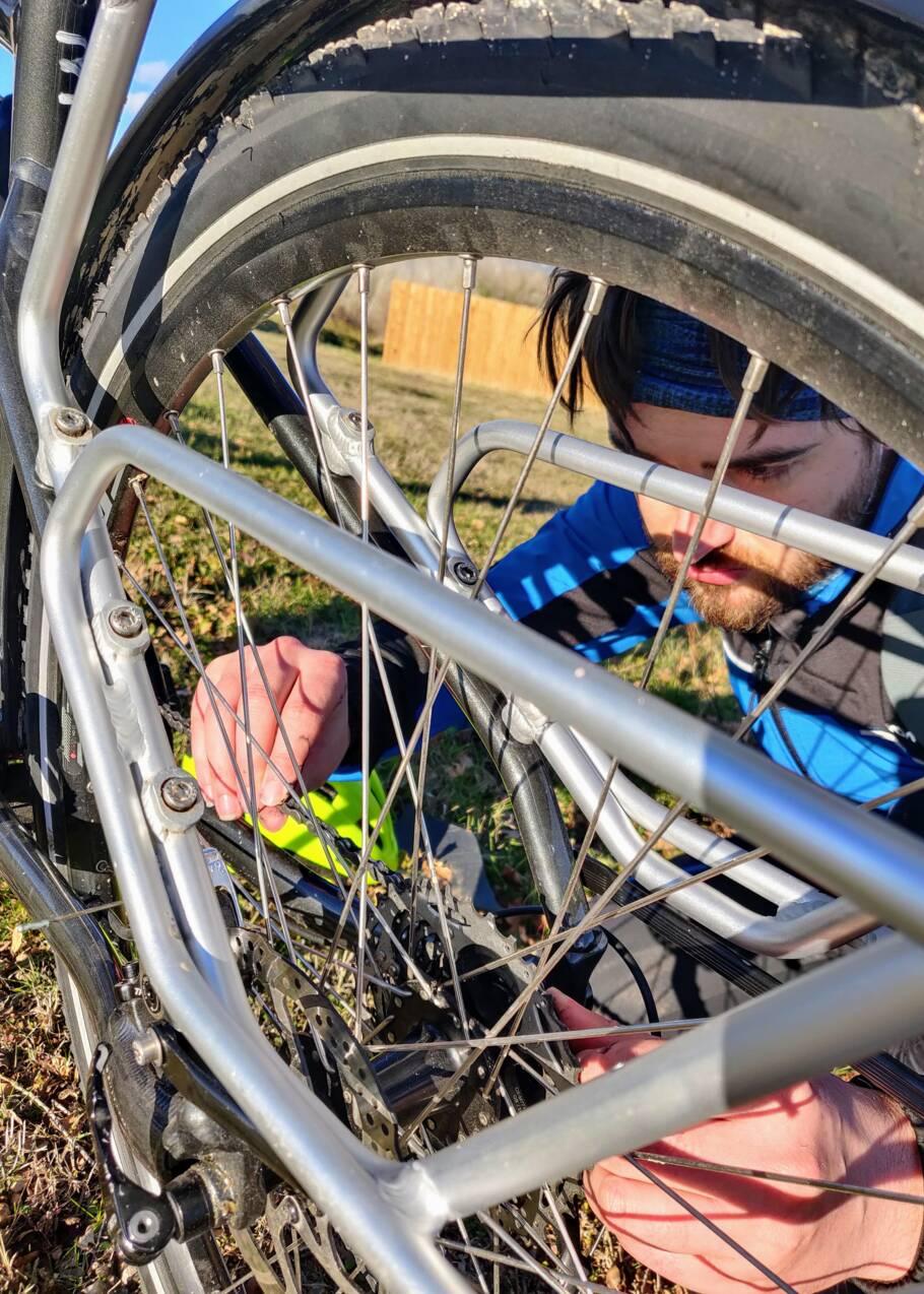 """Comparatif vélo : les modèles """"grand voyage"""" valent-ils le coup ? Nos journalistes ont fait le test"""