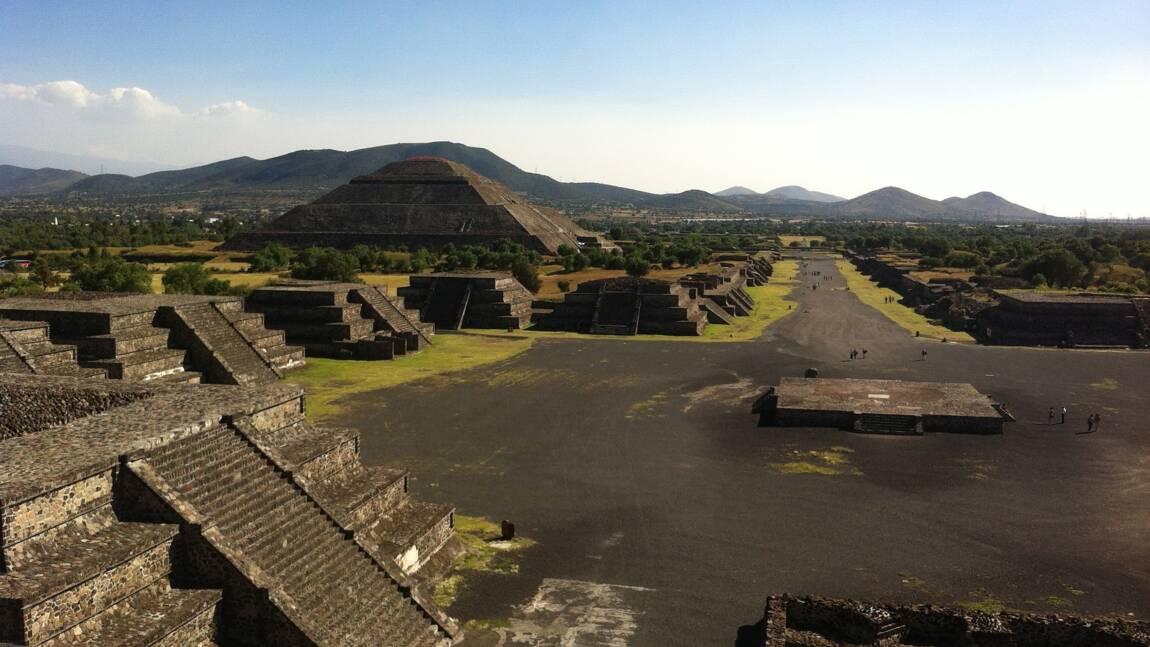 Mexique : des bouquets vieux de 1800 ans déposés en offrande aux dieux découverts dans une pyramide de Teotihuacan