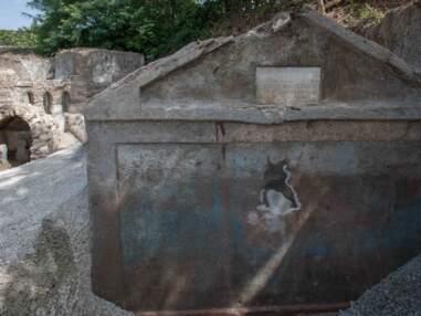 La tombe d'un ancien esclave découverte dans une nécropole de Pompéi