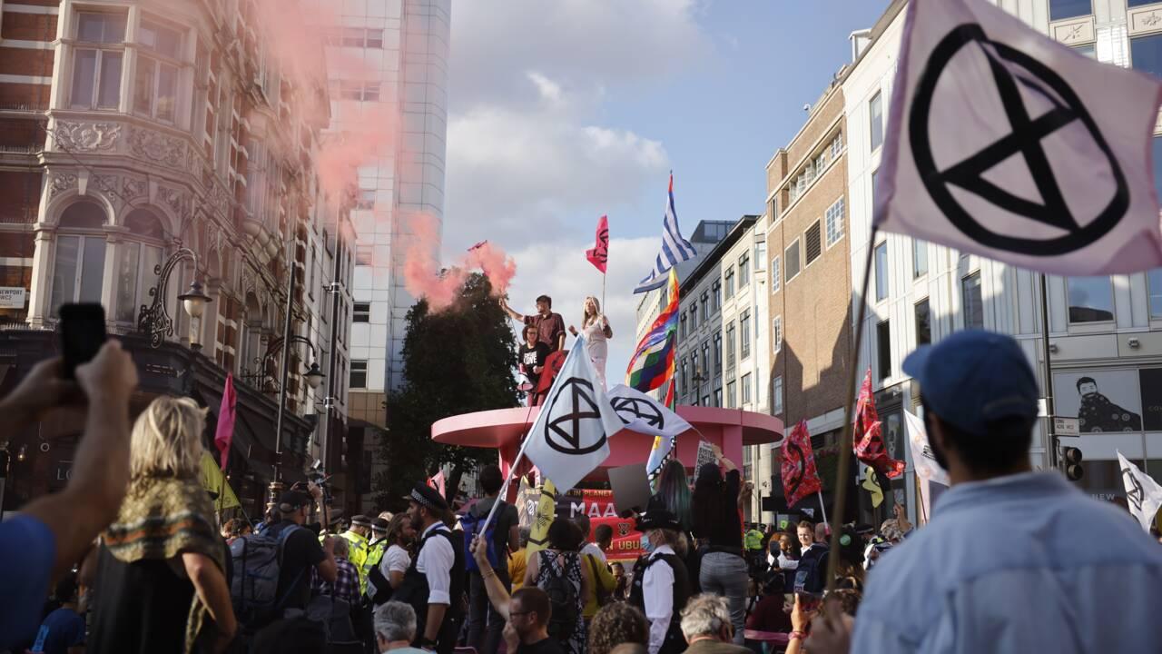 A Londres, des milliers de manifestants d'Extinction Rebellion lancent deux semaines d'actions