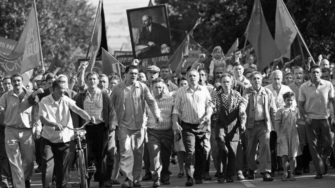 Chers Camarades ! : le film sur la tuerie de Novotcherkassk en 1962 en URSS
