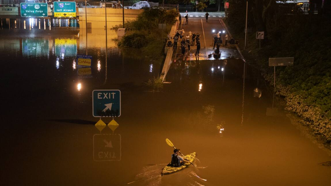 Tempête Ida: le dérèglement climatique pointé du doigt, Biden en Louisiane
