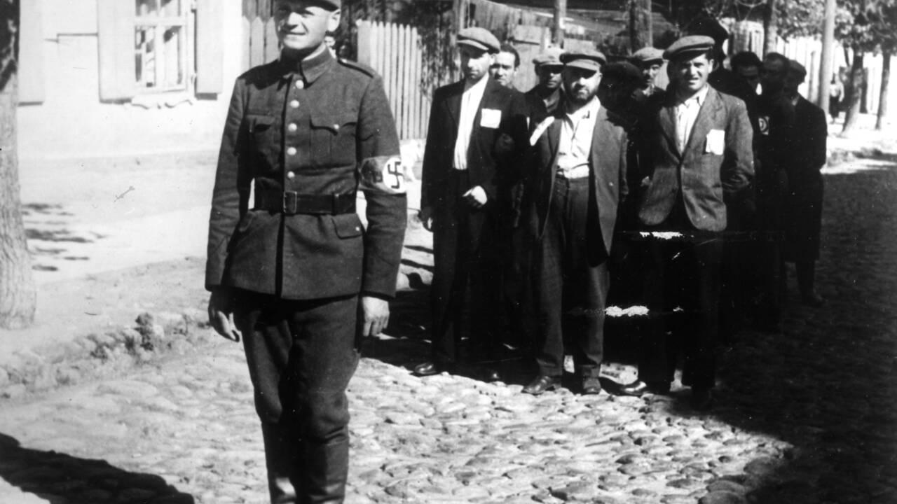"""Shoah : quatre extraits du """"Livre noir"""", cet ouvrage majeur sur le génocide nazi censuré par Staline"""