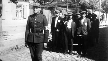 Lituanien en uniforme en juillet 1941