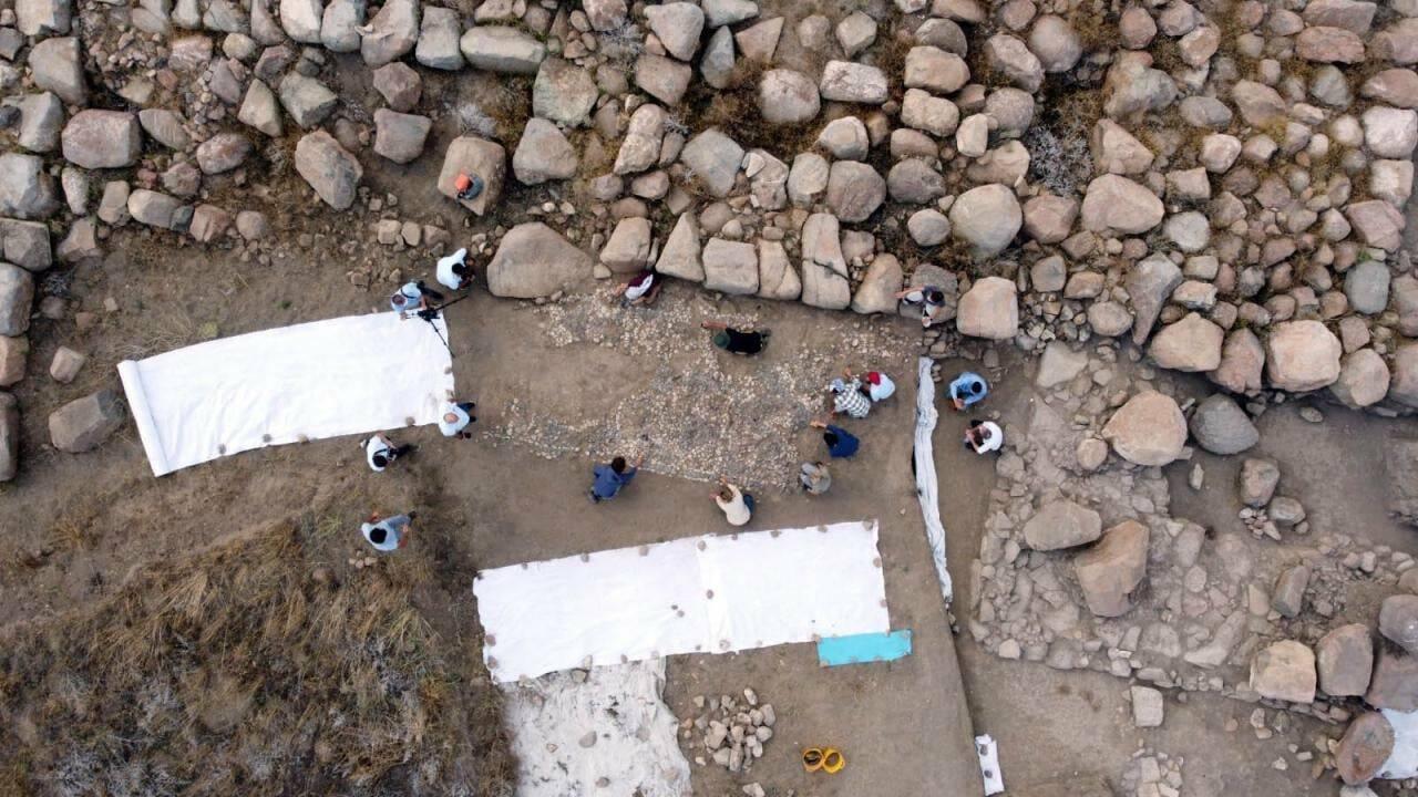 L'ancêtre des mosaïques méditerranéennes découverte dans les vestiges d'une cité perdue en Turquie