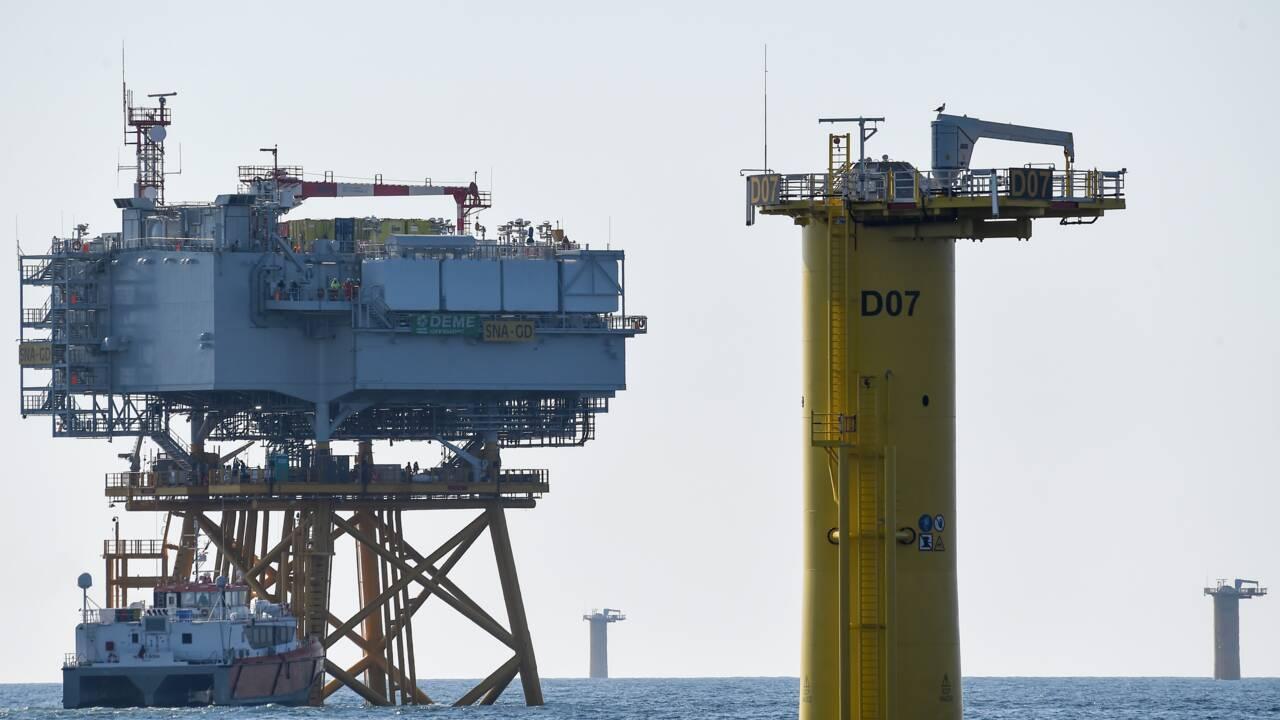 Le premier parc éolien offshore de France sort la tête de l'eau