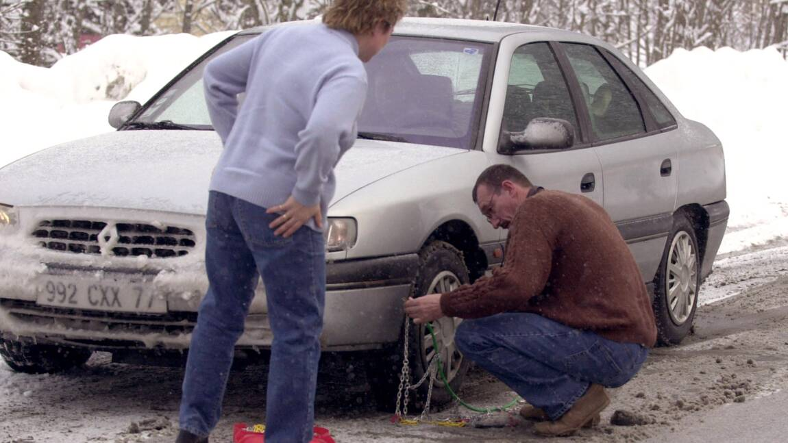 Chaînes ou pneus hiver obligatoires: une saison tolérante