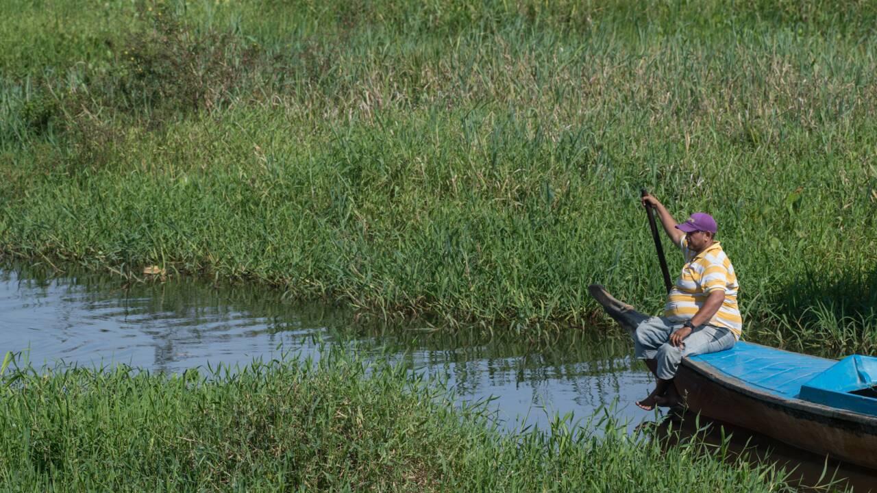Venezuela: la mort lente d'un village sur pilotis submergé par la boue